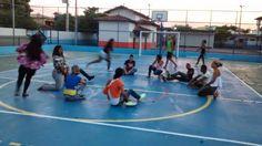 Blog do Inayá: Professor Bruno Santos anima os alunos com dinâmica na quadra