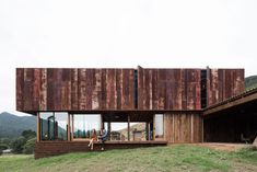 K Valley House by Herbst Architects - New Zealand Rural Architecture - The Local Project New Zealand Architecture, Australian Architecture, Residential Architecture, Interior Architecture, Roof Design, House And Home Magazine, Architect Design, Sustainable Design, Future House