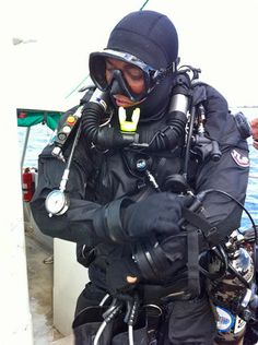It is important to choose your diving mask wisely for a great diving experience.