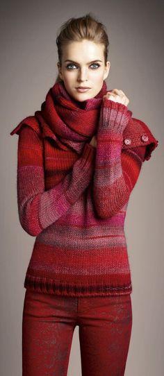 Wunderschöne Farbkomposition für den kühlen Farbtyp! Kirschrot (Farbpassnummer 23) Kerstin Tomancok / Farb-, Typ-, Stil & Imageberatung