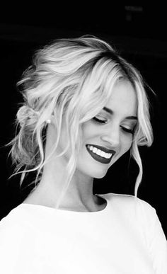 hairstyles-galaxy.com wp-content uploads 2015 12 loose-updo-hair-2016.jpg