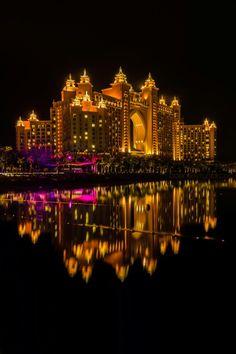 Atlantis at night, The Palm, Dubai ✯ ωнιмѕу ѕαη∂у Wonderful Places, Beautiful Places, Amazing Places, Voyage Dubai, Dubai Nightlife, Dubai Travel Guide, Living In Dubai, Dubai City, Dubai Uae