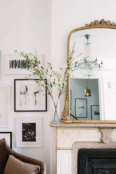 Parisian Apartment Decor Secrets To Steal For A Chic Home Living Room Inspiration, Home Decor Inspiration, Decor Ideas, Decorating Ideas, Wall Ideas, Mirror Ideas, Decorating Websites, Mirror Inspiration, Interior Decorating