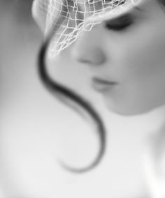 classy style hair/hat profile blur zoOm (via KylyCreationsCreativeJewelry tumblr 29756475398)