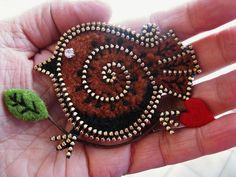 A little brown bird... | Flickr - Photo Sharing!