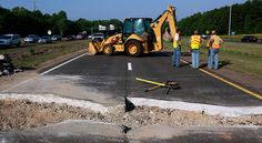 Rise in Weather Extremes Threatens Infrastructure (NYTimes). Photo: Emergency repairs on a highway that buckled in triple-digit temperatures last month near Cary, N.C. Credit: Travis Long/The News & Observer, via Associated Press