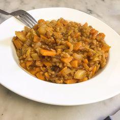 En ce mois de Février j'ai lancé un «challenge» légumes de saison» sur la page facebook, le but : trouver et partager des recettes en utilisant des légumes de saison (original non ?). Aujourd'hui je voulais donc vous proposer une recette testée (et approuvée) samedi : un risotto aux légumes …
