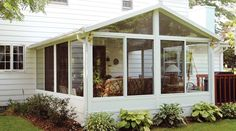 3 Season Porch Windows - Porch enclosures provide aesthetic and functional value to your front porch, deck, or terrace. Four Season Sunroom, Three Season Porch, Sunroom Kits, Sunroom Ideas, Pergola Ideas, Patio Ideas, Deck Pergola, Pergola Kits, Pergola Plans