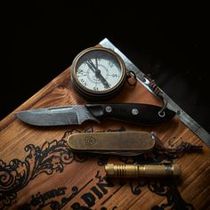 Rise and Shine Photos) - Suburban Men Map Compass, Rugged Style, Man Up, Alpha Male, How To Wake Up Early, Early Morning, Modern Living, Wood Watch, Alcohol