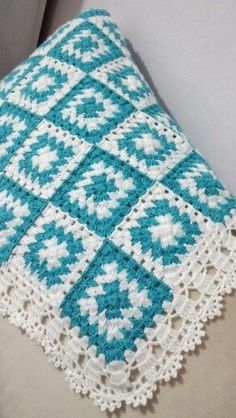 Crochet blanket boy baby yarns 25 new Ideas Crochet Afghans, Marque-pages Au Crochet, Point Granny Au Crochet, Crochet Quilt, Crochet For Boys, Afghan Crochet Patterns, Crochet Crafts, Knitting Patterns, Knitting Ideas