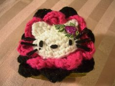 Crochet Parfait: Hello Kitty Prom Corsage/Bracelet -- MUST make this for my 6 year old Crochet Bracelet Pattern, Crochet Cat Pattern, Crochet Patterns Amigurumi, Cat Crochet, Hello Kitty Crochet, Crochet Horse, Cat Applique, Crochet For Kids, Free Crochet