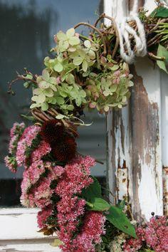 Herbstkranz - mit Hortensie und Fetthenne