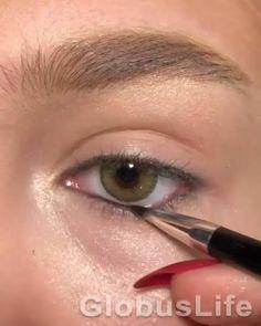 Smoky Eye Makeup, Edgy Makeup, Makeup Eye Looks, Eye Makeup Steps, Grunge Makeup, Eye Makeup Art, Eyebrow Makeup, Skin Makeup, Makeup Inspo