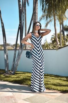 Indian Gowns Dresses, Maxi Gowns, White Outfits For Women, Clothes For Women, Abaya Fashion, Fashion Dresses, Casual Party Dresses, Long Summer Dresses, Stripes Fashion