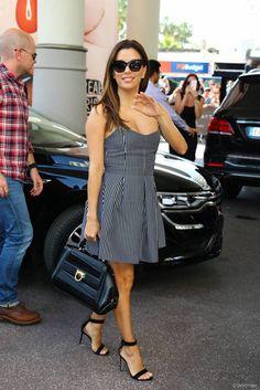 Eva Longoria arrive à l'hôtel Martinez à Cannes le 10 mai 2016.