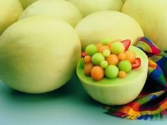 Honeydew bowl for fruit salad Yummy Snacks, Yummy Treats, 36 Weeks, Honeydew Melon, Pregnancy Health, Best Fruits, Baby Size, Frozen Treats, Fruits And Veggies