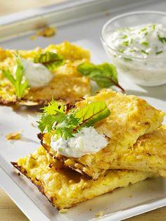 Kartoffel-Weißkohl-Rösti mit Tsatziki
