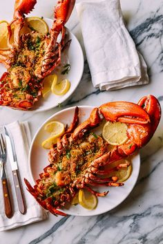 Baked Stuffed Lobster with Shrimp makes a big statement for a special celebration. This lobster with herbs, buttery bread crumbs & shrimp won't disappoint. Lobster Recipes, Seafood Recipes, Cooking Recipes, Lobster Dishes, Shellfish Recipes, Baked Stuffed Lobster, Wok Of Life, Romantic Meals, Brunch