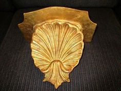 Antique-Painted-Gold-Italian-Florentine-Tole-Wood-Carved-Shell-Wall-Decor-Shelf