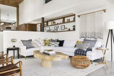 A Modern and Organic Living Room Makeover + Get The Look - Emily Henderson Living Room Designs, Living Room Decor, Living Spaces, Interior Modern, Japanese Interior, Modern Decor, Interior Design, White Sectional, Sectional Sofas