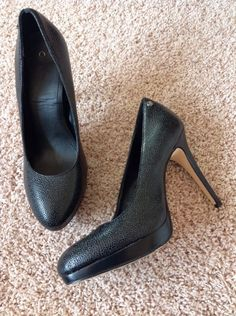 dc7457f5b4 Nine West colorful leather heel women's wore once smoke and pet free home