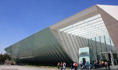Museo Universitario Arte Contemporáneo – Teodoro González de León en http://www.arquitour.com