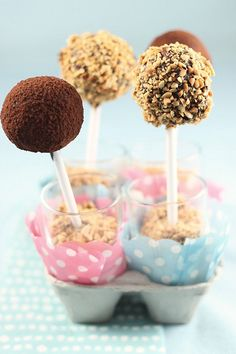 Easy Cake Pops – From Scratch — @Erik Weum Elnan - A food blog dedicated to my experiments in the kitchen