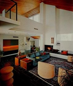 living in the past Mid Century Living Room, Mid Century House, Interior Architecture, Interior And Exterior, Interior Design, Bungalow Interiors, Retro Room, Mid Century Modern Furniture, Living Room Inspiration