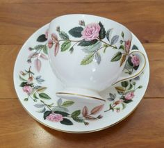 Collectible WEDGEWOOD HATHAWAY ROSE Footed Tea Cup & Saucer Set, England in great vintage condition. There are no chips, cracks or paint wear. Please see pictures. Ships insured only Please ask about INTL and COMBINED shipping fees.