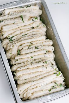 Herb, Garlic and Parmesan Pull Apart Bread Snack Recipes, Cooking Recipes, Healthy Recipes, Good Food, Yummy Food, Bread Baking, Food Photo, Food Hacks, I Foods