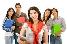 Para aqueles cujo marketing tem como alvo a população universitária, ter uma presença no Facebook, Twitter e outras redes sociais é fundamental.