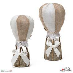 Bomboniera mongolfiera in cotone e pizzo, idea originale come bomboniere per matrimonio a tema viaggio.   Scegli il modello tra mongolfiera piccola e grande Wedding Party Favors, Grande, Pink, Wedding Favours