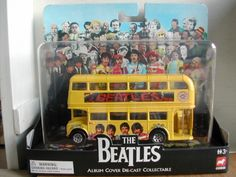 The Beatles Collection: Bedford Val Magical Mystery Tour Bus (Corgi Classics no. 35302)