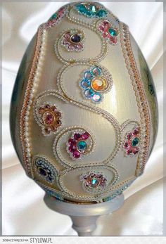 Stylowi.pl - Odkrywaj, kolekcjonuj, kupuj Egg Crafts, Easter Crafts, Christmas Crafts, Christmas Ornaments, Hobbies And Crafts, Arts And Crafts, Types Of Eggs, Incredible Eggs, Egg Shell Art