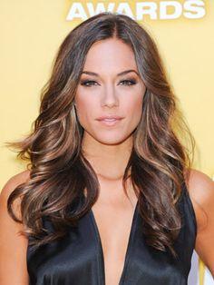 Summer Hair Care Tips for Healthy Locks – Glam Radar, '' style'' Hairstyles Haircuts, Summer Hairstyles, Pretty Hairstyles, Brown Blonde Hair, Dark Hair, Pale Skin, Brown Hair Colors, Great Hair, Hair Day