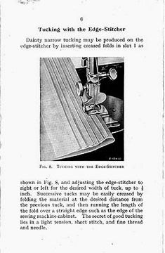Singer Featherweight 221 or Edge-Stitcher is a very useful attachment for sewing together laces, rick rack braids and more - fits all low shank machines. Vintage Sewing Machines, Clothing Patterns, Singer, Diy, Simple, Craft, Vestidos, Beginner Sewing Projects, Sewing Accessories