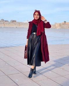 Old Fashion Dresses, Modern Hijab Fashion, Muslim Fashion, Pakistani Bridal Hairstyles, Stylish Hijab, Hijab Trends, Islamic Girl, Modest Wear, Girl Hijab