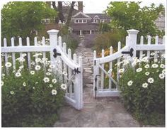 8 Ways To Create A Neighborly Front Yard - Set the fence back. Placing a low fen. - - 8 Ways To Create A Neighborly Front Yard - Set the fence back. Placing a low fence or wall back a few feet from the edge of the s. Plans Architecture, Landscape Architecture, Landscape Design, Garden Design, Architecture Career, Architecture Design, Backyard Fences, Front Yard Landscaping, Landscaping Ideas