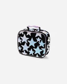 Justice is your one-stop-shop for on-trend styles in tween girls clothing & accessories. Shop our Star Velvet & Flip Sequin Lunch Tote. Disney Frozen Bedroom, Cute Girl Backpacks, School Backpacks, Justice Bags, Insulated Lunch Tote, Sequin Backpack, Gymnastics Outfits, Latest Bags, Cheap Purses