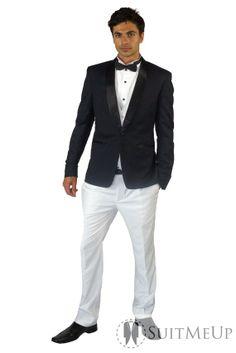 The Modern Wedding Party - White Groom's Tuxedo With Groomsmen In ...