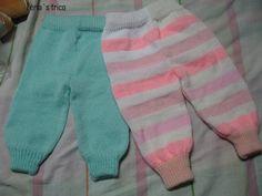 A receita das calças é básica para todos os modelos, e quem visitar meu blog e gostar pode copiar e fazer para os seus bebês... espero que ... Other Outfits, Boy Outfits, Crochet Disney, Booties Crochet, Baby Pants, Baby Knitting Patterns, Kids And Parenting, Baby Kids, Crochet Toys