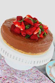 Pullahiiren leivontanurkka: Helppo hyydytetty suklaajuustokakku Cheesecake, Desserts, Clay, Tailgate Desserts, Deserts, Cheesecakes, Postres, Dessert, Cherry Cheesecake Shooters