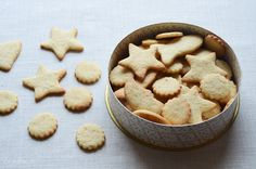 Kruche ciasteczka migdałowe Tak Tak, Dessert Dishes, Sweet Tooth, Sweets, Candy, Cookies, Food, Christmas Recipes, Bar