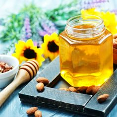 Oslaď si život zdravou formou a priprav si medovo-mandľový snack Honey, Snacks, Food, Appetizers, Eten, Meals, Treats, Finger Food, Diet