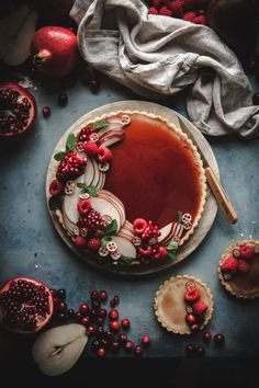 White Chocolate Custard Tart + Pomegranate Gelee - The Kitchen McCabe Weiße Schokoladen-Vanillepudding-Torte + Granatapfel-Gelee Custard Recipes, Tart Recipes, Dessert Recipes, Dessert Tarts, Plum Recipes, Fruit Dessert, Just Desserts, Delicious Desserts, Yummy Food