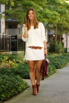 Sweater Weather - To Vogue or Bust Kinds Of Clothes, Trendy Clothes For Women, Trendy Outfits, Over 50 Womens Fashion, Fashion Over 50, Style Blog, Houston, Vogue, Sweater Weather