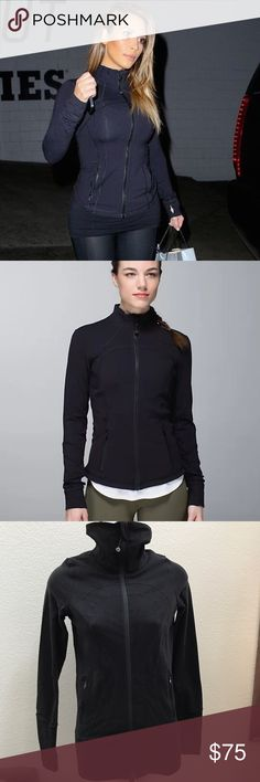 Lululemon Forme Black Zip Up Jacket size 2 Lululemon forme size 2 black Light breathable black spandex blend. Perfect for absolutely any type of work out. Draw string hood. Thumb holes. Zip up pockets in front. Detachable hair tie on main zipper. Neck of jacket can be zipped up high to protect you on colder days. It can also be zipped down low - creating an athletic collar. Lululemon classic logo is stitched on front of jacket. Longer line - form fitting. Lycra Spandex. Great condition…