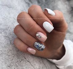 The best new nail polish colors and trends plus gel manicures, ombre nails, and nail art ideas to try. Get tips on how to give yourself a manicure. French Nails, Cute Nails, Pretty Nails, Talon Nails, Nagel Hacks, Luxury Nails, Diamond Nails, Artificial Nails, Nagel Gel