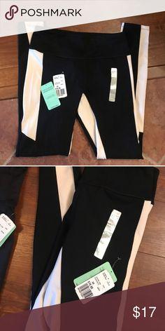 B&W XS leggings XS Forever 21 Pants
