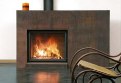 Contemporary fireplace mantle designs are taking on a variety of new and exciting shapes . Fireplace Mantle Designs, Fireplace Hearth, Home Fireplace, Salons Cottage, Fireplaces For Sale, Contemporary Fireplace Designs, Vented Gas Fireplace, Diy Awning, Cottage Living Rooms